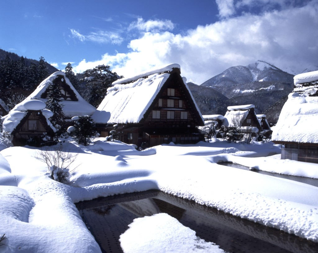 Shirakawa-go winter-1